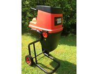 Black and Decker garden shredder