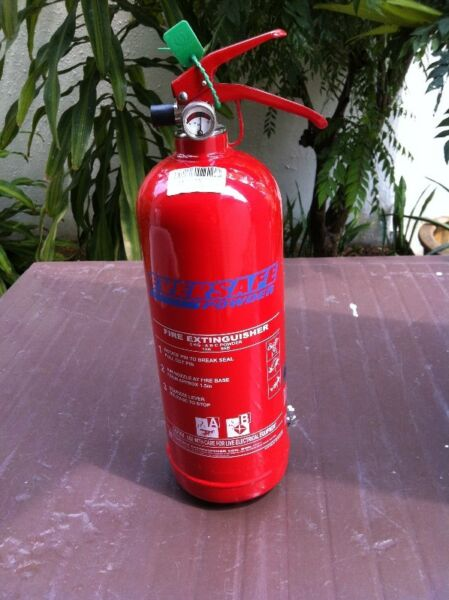 Eversafe ABC powder fire extinguisher 2 kg. Have not been used and in good working condition.