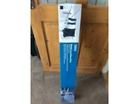 Brand new in box multi location airer