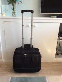Well fitted travel bag