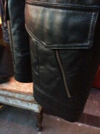 Extra Large Black Leather Gents Jacket : mint condition