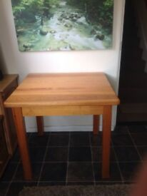 PINE DINING TABLE, SEATS 4, 87x85 cms EXCELLENT CONDITION