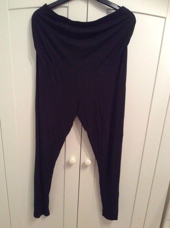 Next maternity leggings size 12