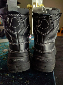 Size 11 The North Face Toddler Winter Boots, EUC London Ontario image 4