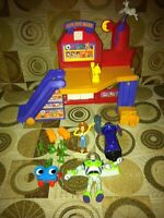 Toy story 2 Al's Toy Barn play set