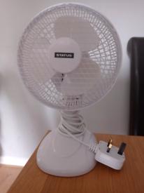 Desktop portable fan