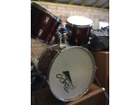 Bass drum plus side toms