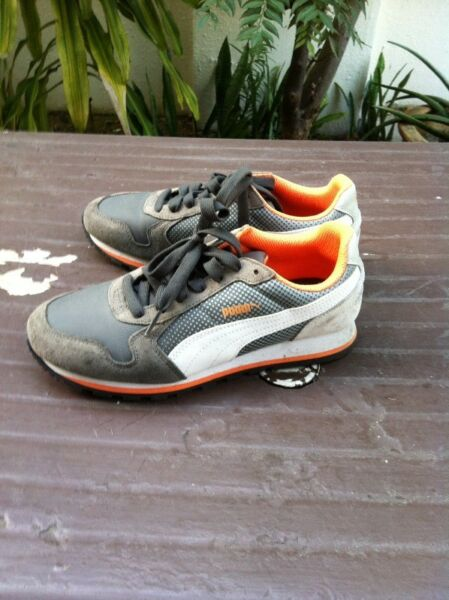 Puma shoes Size Uk 5 US6 Eu 34. Used only about 3 times and in very good condition.