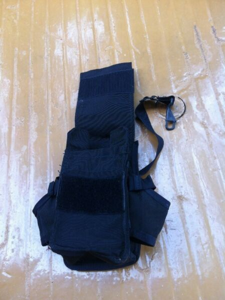 Black military pouch. In good condition.