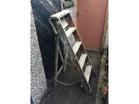 Solid Wood Decorator Style Ladder