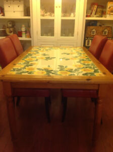 PIER 1 Dining Room Table & 6 Chairs
