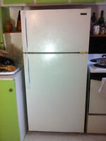 Perfectly functioning fridge super cheap!!!