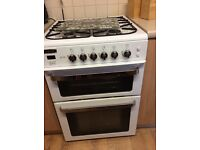 Gas cooker good condition selling due to buy ing new one
