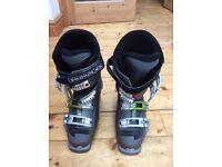 Salomon ski boots womens size 4