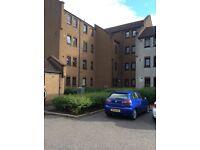 Alloa, Tulligarth, fully modernised 2 bed top floor flat for rent £495pcm