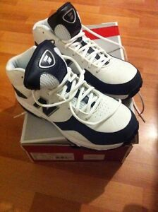 Size 8.5 basketball shoes
