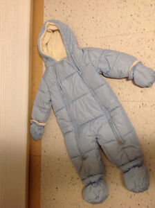 Blue Joe Fresh baby snowsuit - 6-12 mo
