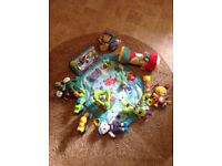 Baby tummy time mat with 16 toys - bundle
