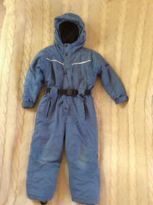 Boy snowsuit 5T