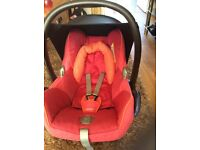 Maxi cosi Cabrio Fix car seat from birth