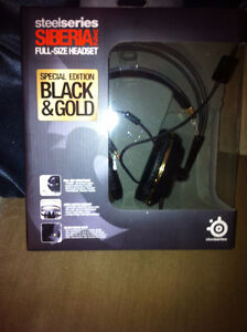 Steel Series Siberia V2 Black and Gold Edition - Mint!