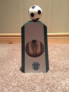 Sporting Clube de Portugal clock with working soccer ball Kitchener / Waterloo Kitchener Area image 1