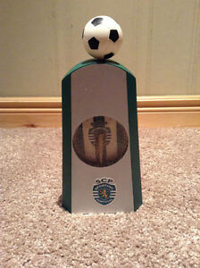 Sporting Clube de Portugal clock with working soccer ball