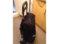Insulated shopping trolley with seat