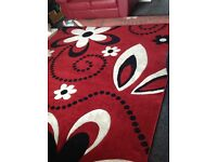 A fantastic large rug, only used last Xmas. Size 240x 340 cm