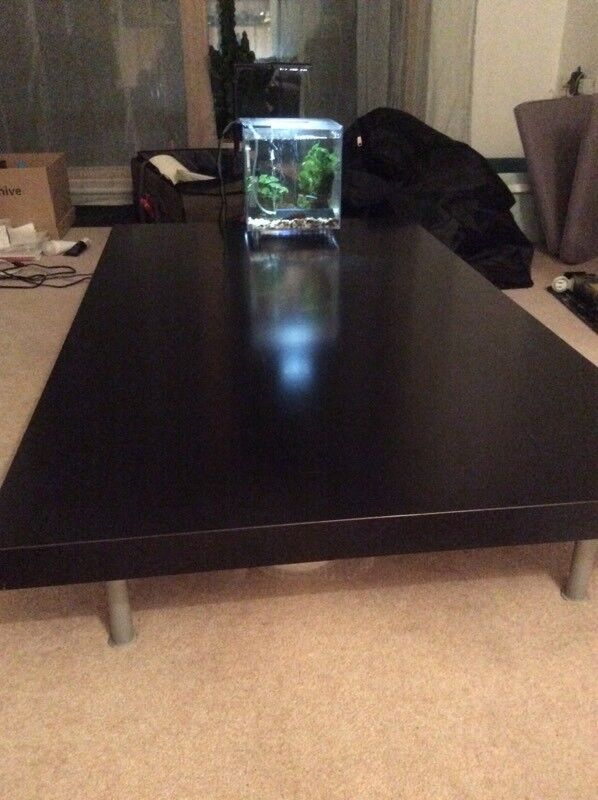 Bo Concept living room table and coffee table