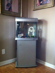Fish Tank Revised price from 275.00 to 255.00 in excellent cond.