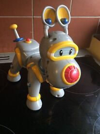 Batt op toy dog (good condition and working) £6.00