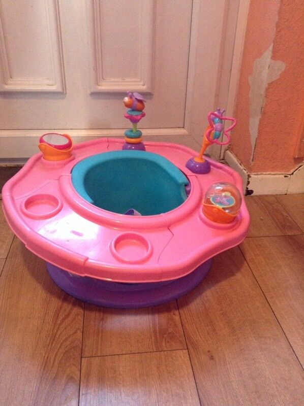 Girls and boys activity seat
