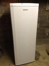 Beko TZDA504FW Freestanding 150cm High Frost Free Freezer TZDA504FW
