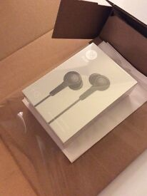 B&O Play by Bang and Olufsen H3 Earphones Black