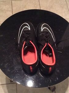 SIZE 9.5 NIKE MERCURIAL INDOORS!