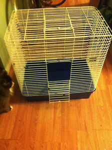 Small pet cage +accesories