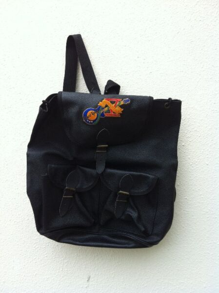 Hardrock Cafe Singapore haversack. Used only once and in good condition.