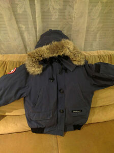 Women's Canada Goose Bomber Jacket Navy Blue
