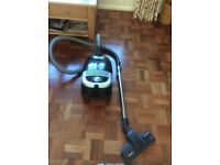 Miele Cylinder Vacuum Cleaner S5211