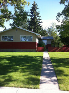 PRICE REDUCED ENTIRE 3 bdrm Home + Double Car Garage Glendale SW