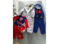 Bundle of baby clothes £ 10