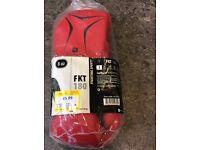 Boxing gloves 8oz brand new 41116/2.50