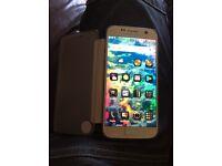 Samsung s7 in gold Samsung case and spigan case swaps