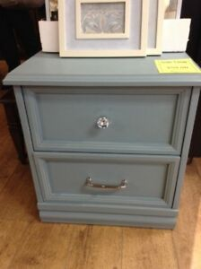 Chalk Painted End Table Fonthill Restore