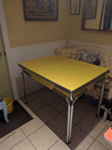 Vintage 1950's retro Chrome canary yellow cracked ice table