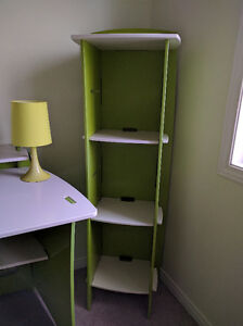 Kid bedroom set - bed, study table, bookshelf and a lamp Kitchener / Waterloo Kitchener Area image 5
