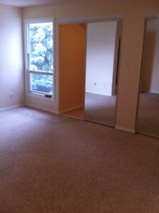 4 BR Twnhse with attach. garage in the quiet Neighborhood in W E