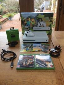 Xbox One S Minecraft Bundle 500GB with Forza Horizon 3 & Dead Rising