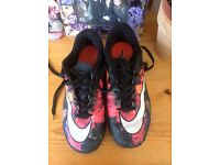 UK size 5 Nike Christiano Ronaldo CR7 AstroTurf football boot trainers